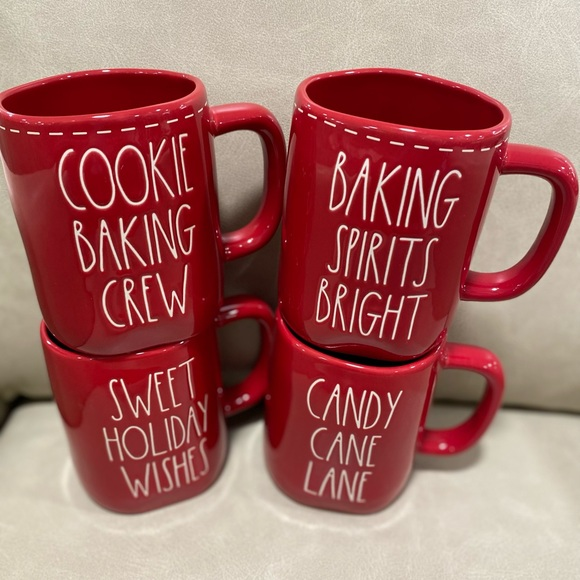 rae dunn 4 mugs